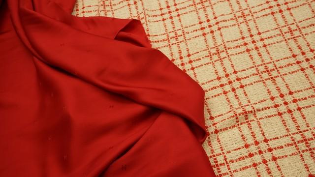 ВНИМАНИЕ!!! НОВИНКИ!!! В разделе подкладочные ткани из натурального шелка от CHANEL .