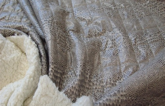 ткань стеганная арт.88-737 ,шир.155 см, пр-во Италия